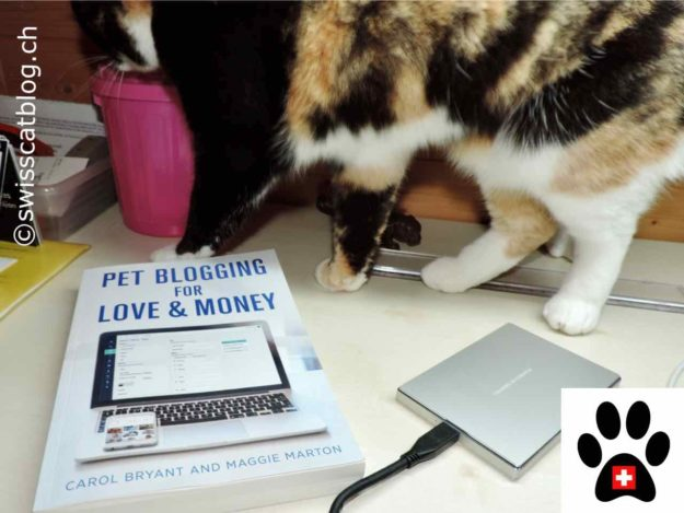 Pet Blogging for Love and Money with Pixie